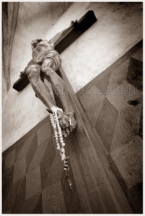 Crucifix_9381