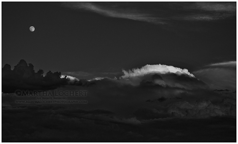 MoonClouds_b&w2258